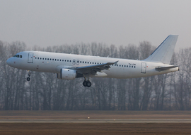 Airbus - A320-233 (YL-LCN) - odin7602