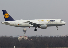 Airbus - A320-214 (D-AIZB) - odin7602