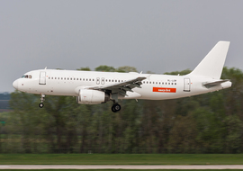 Airbus - A320-232 (YL-LCP) - odin7602