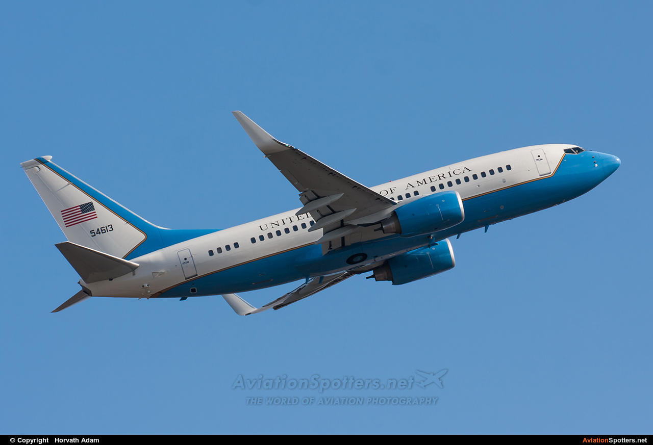 USA - Air Force  -  C-40C  ( 05-4613) By Horvath Adam (odin7602)