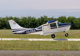 Cessna - 206 Stationair (all models) (HA-ERA) - ptolnai