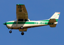 Cessna - 172 Skyhawk (all models except RG) (HA-JDA) - ptolnai