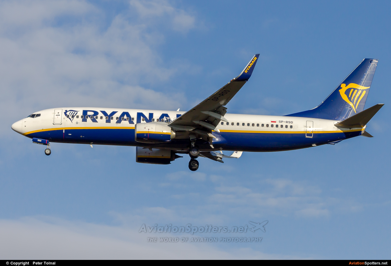 Ryanair  -  737-800  (SP-RSO) By Peter Tolnai (ptolnai)