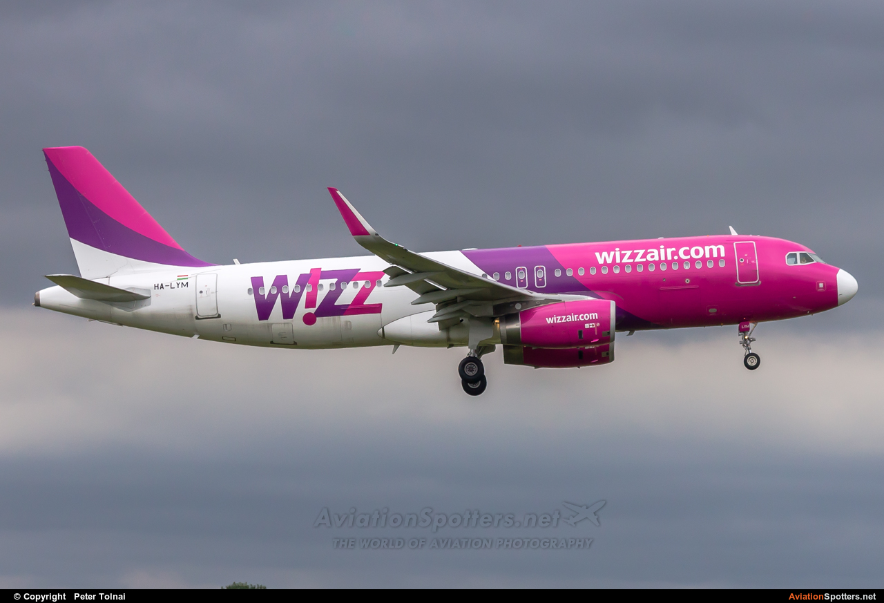 Wizz Air  -  A320-232  (HA-LYM) By Peter Tolnai (ptolnai)