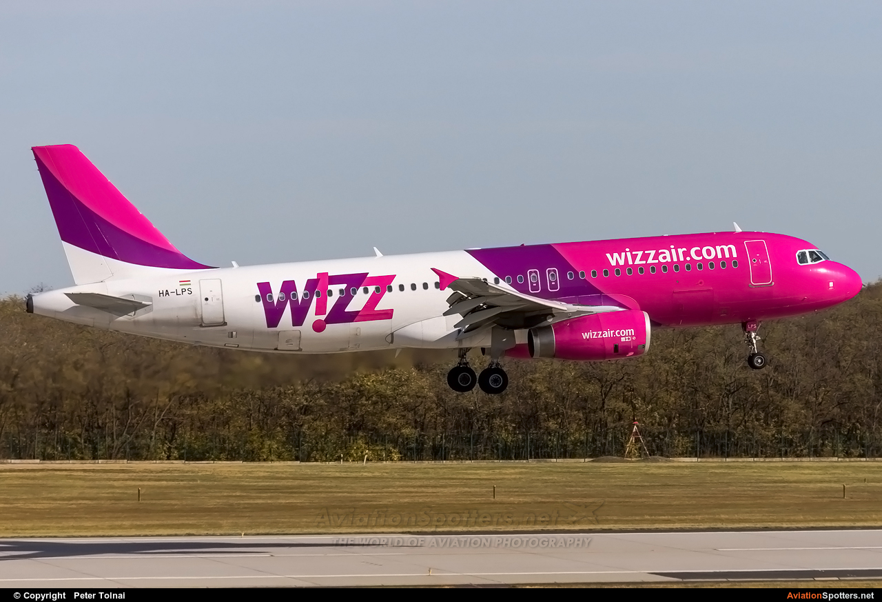 Wizz Air  -  A320  (HA-LPS) By Peter Tolnai (ptolnai)