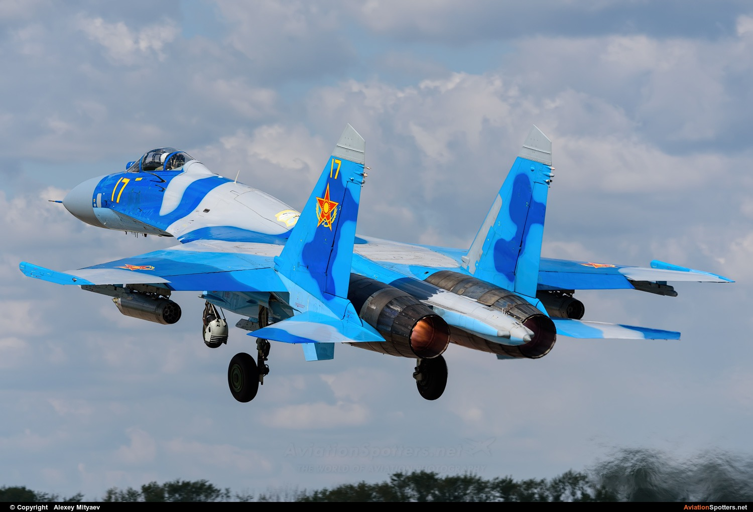 Kazakhstan - Air Force  -  Su-27S  (17 YELLOW) By Alexey Mityaev (Alexey Mityaev)