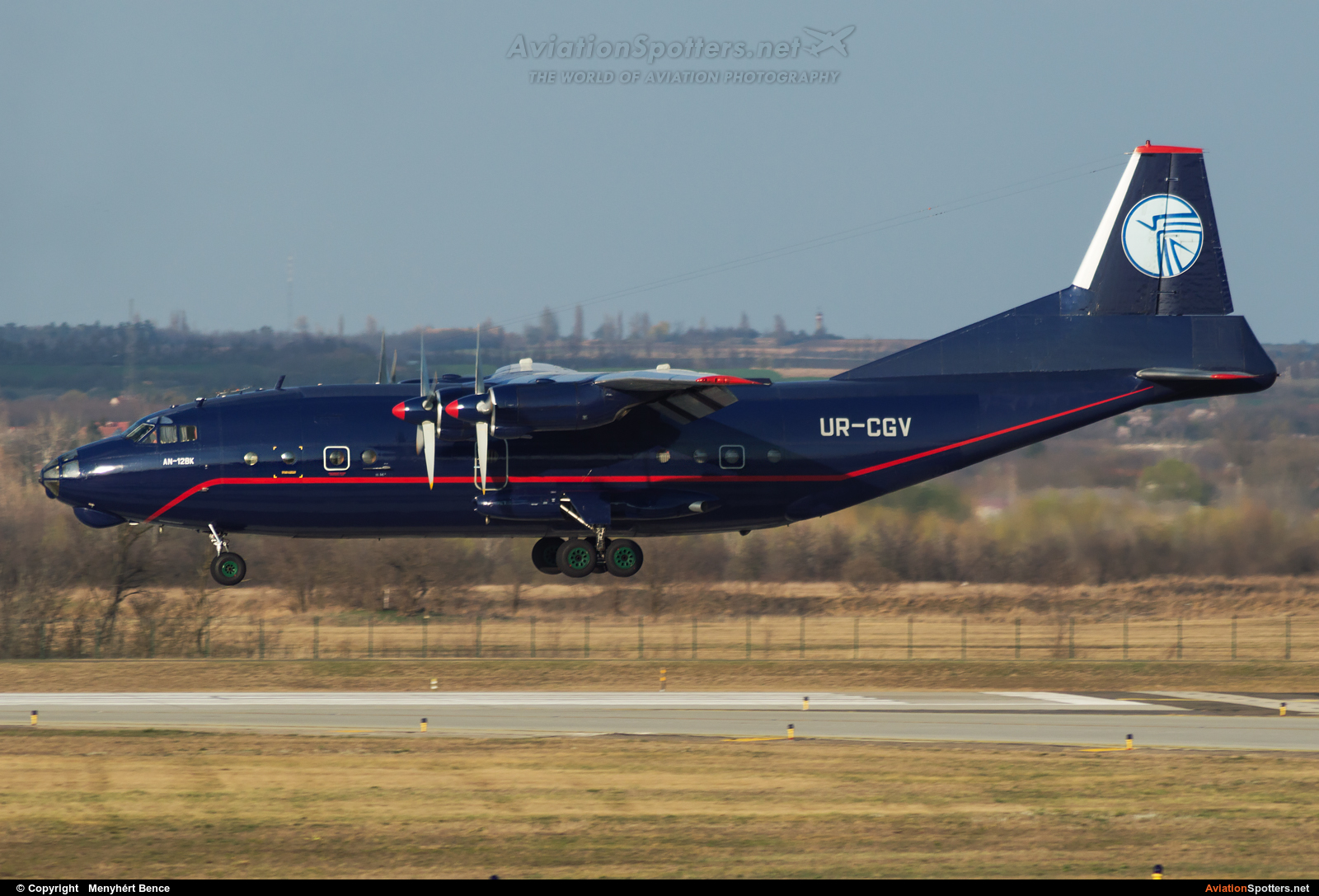 Ukraine Air alliance  -  An-12 (all models)  (UR-CGV) By Menyhért Bence (hadesdras91)