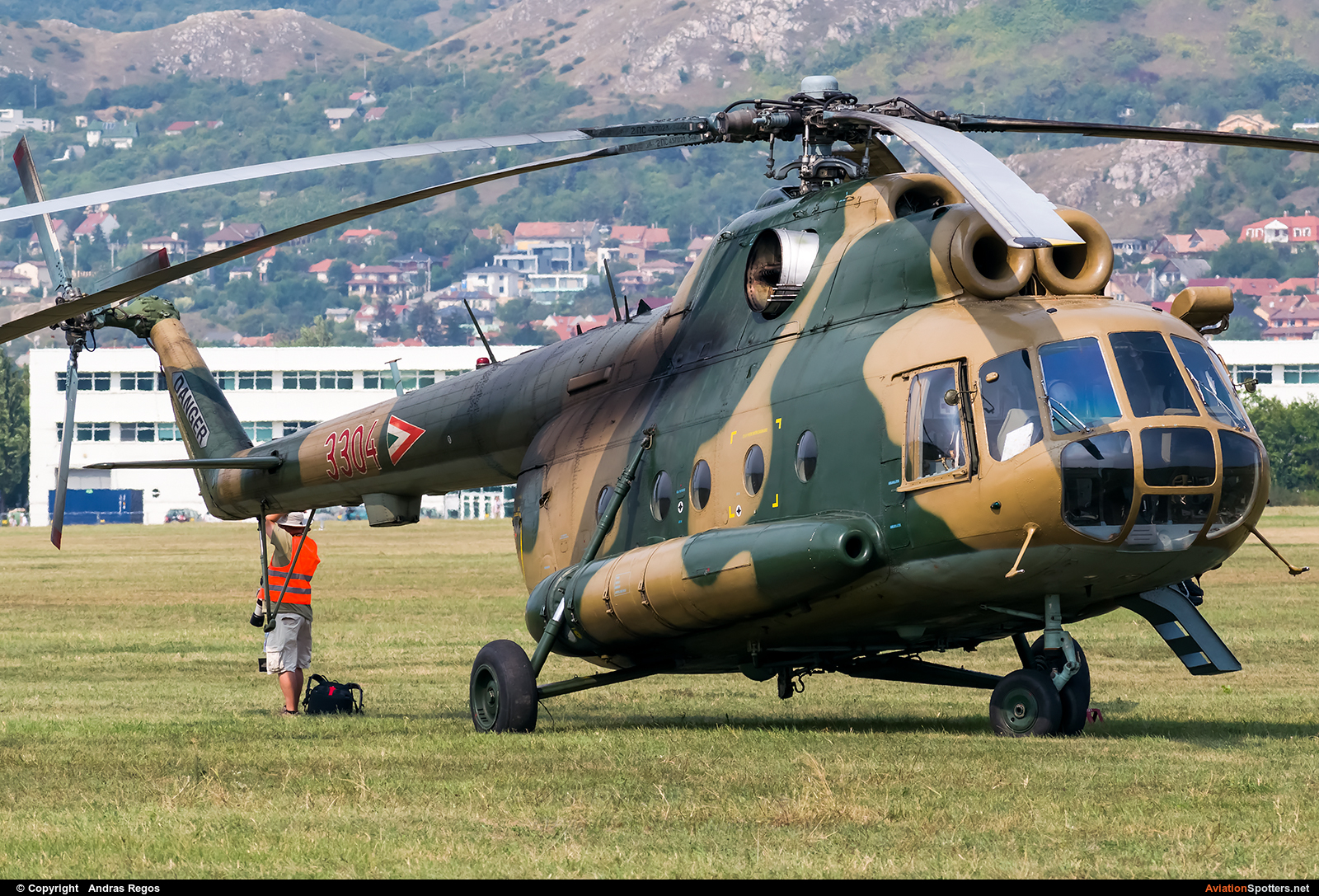 Hungary - Air Force  -  Mi-8T  (3304) By Andras Regos (regos)