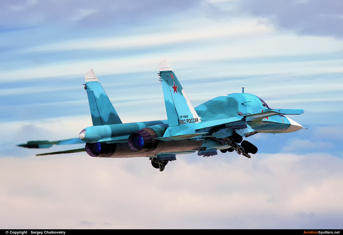 Russia - Air Force  -  Su-34  ( RF-95842 ) By Sergey Chaikovskiy (SergeyL)