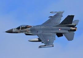 General Dynamics - F-16AM Fighting Falcon (J-144) - vargagyuri