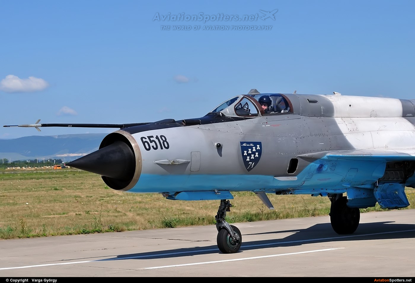 Romania - Air Force  -  MiG-21 LanceR C  (6518) By Varga György (vargagyuri)