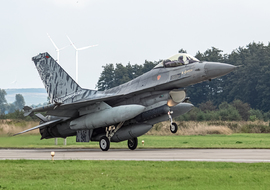 Lockheed Martin - F-16AM Fighting Falcon (15106) - big