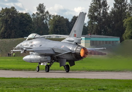 General Dynamics - F-16AM Fighting Falcon (15110) - big