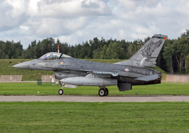 General Dynamics - F-16AM Fighting Falcon (15136) - big