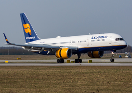 Boeing - 757-200 (TF-ISL) - big