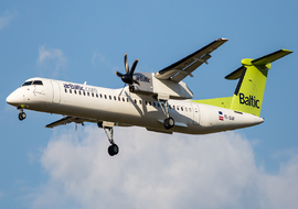 de Havilland Canada - DHC-8-400Q Dash 8 (YL-BAF) - ALEX67