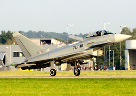 Eurofighter - EF-2000 Typhoon S (7L-WI) - fallto78