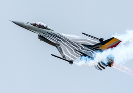 General Dynamics - F-16AM Fighting Falcon (FA-123) - winkiel