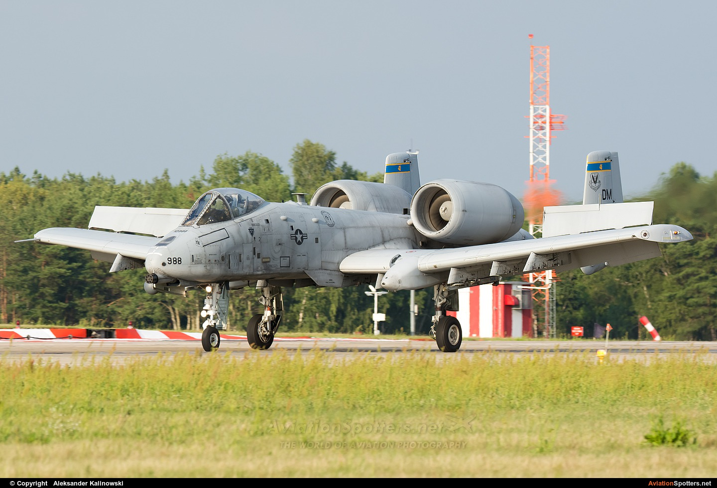 United States Air Force  -  A-10 Thunderbolt II  (81-0988) By Aleksander Kalinowski (schwefel)