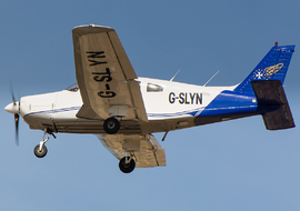 Piper - PA-28 Warrior (G-SLYN) - PEPE74