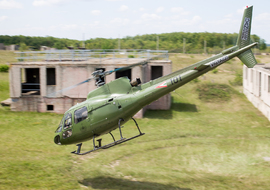 Aerospatiale - AS350 Ecureuil - Squirrel (101) - operator