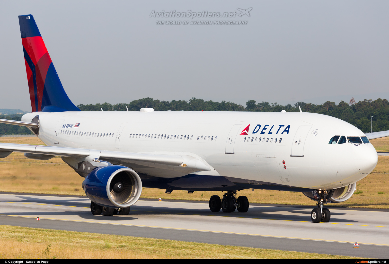 Delta Air Lines  -  A330-200  (N858NW) By Szabolcs Papp (mr.szabi)