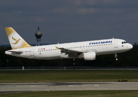 Airbus - A320 (TC-FBH) - Roodkop
